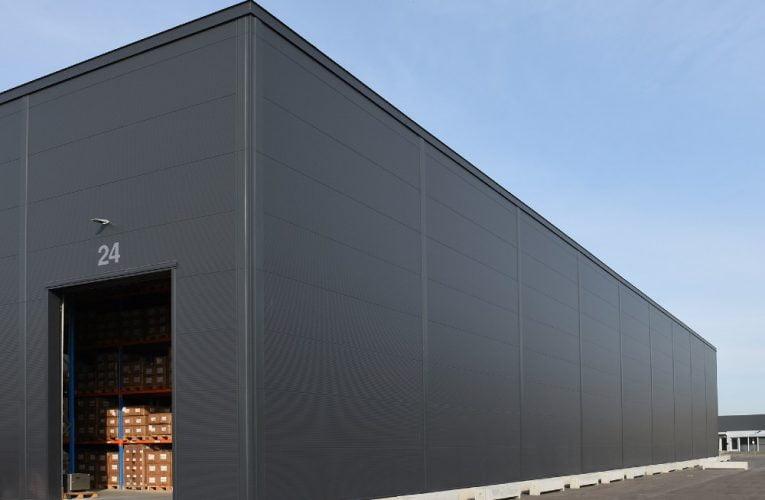 F. Engel skaber fremtidssikret lager med facade i stål