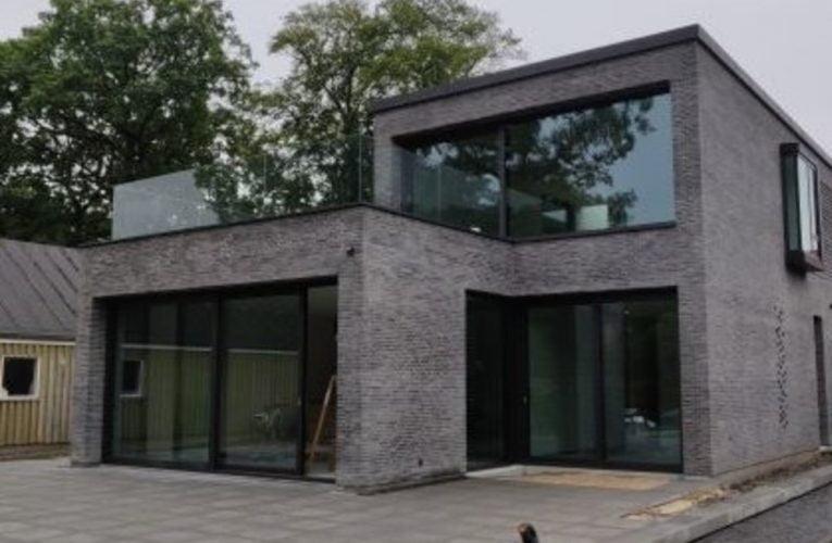 DSG Industri – Eksklusivt glasværn til trappe og terrasse