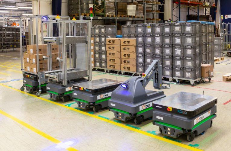 Seks mobile MiR200-robotter forbedrer den logistikken på ungarsk elektronikfabrik